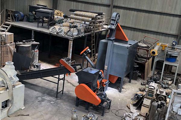 जापान में प्लास्टिक, सिलिका जेल और रबर मिश्रण पृथक्करण मशीन
