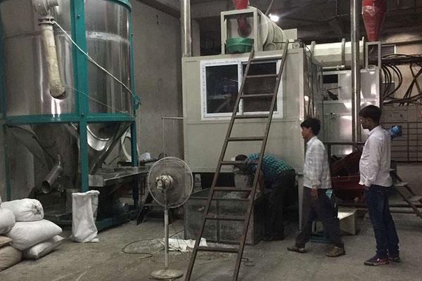 मिश्रित प्लास्टिक इलेक्ट्रोस्टैटिक जुदाई मशीन